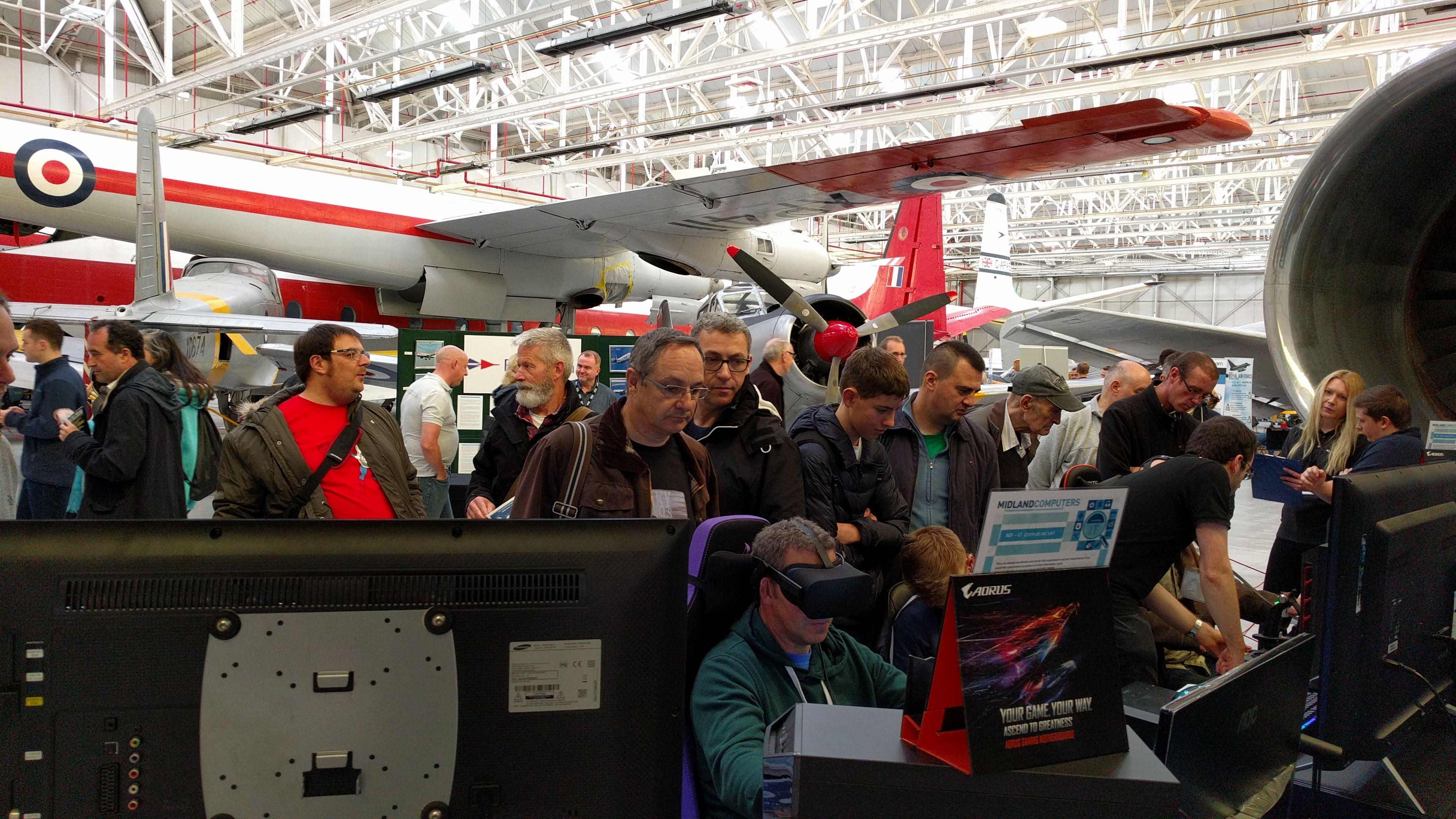 Midland Computers Showroom | Flight Simulation